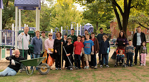 Photo of Duranders participating in last year's Annual Durand Park Clean-Up